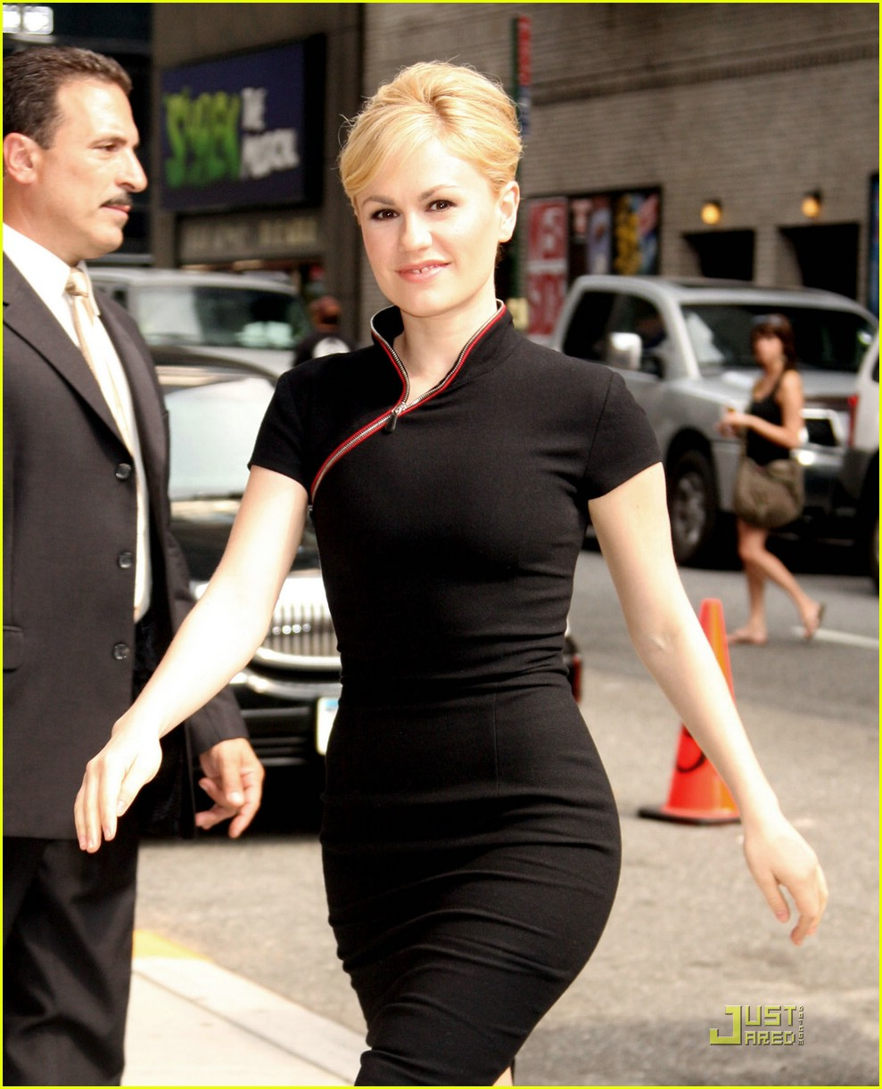 Full Sized Photo of an... Anna Paquin
