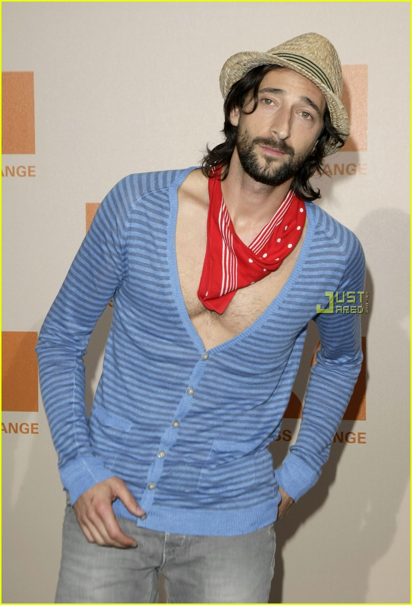 adrien brody chest hair 02
