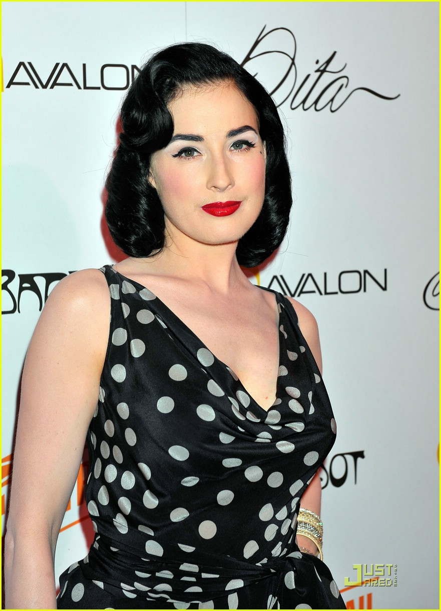 dita von teese martini glass 152069162