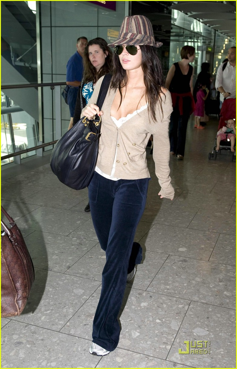 megan fox across pond pretty 022035431