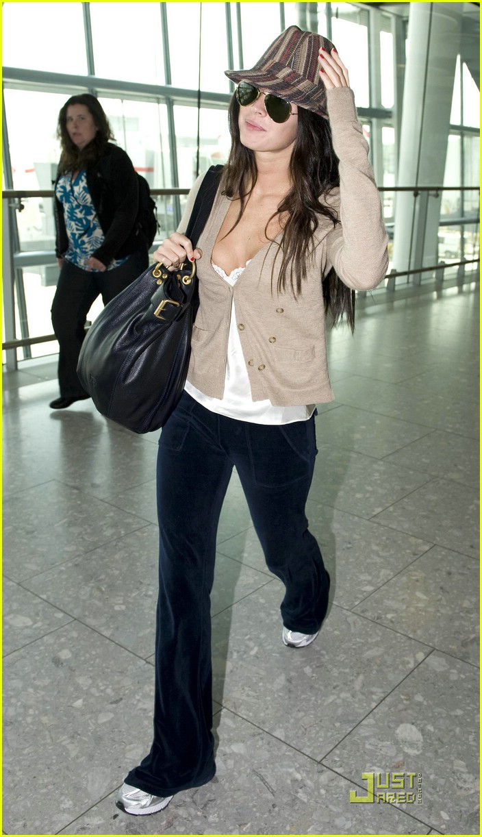 megan fox across pond pretty 072035481