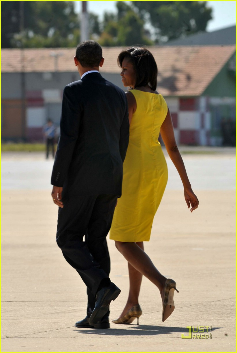 michelle obama hello yellow 052041431