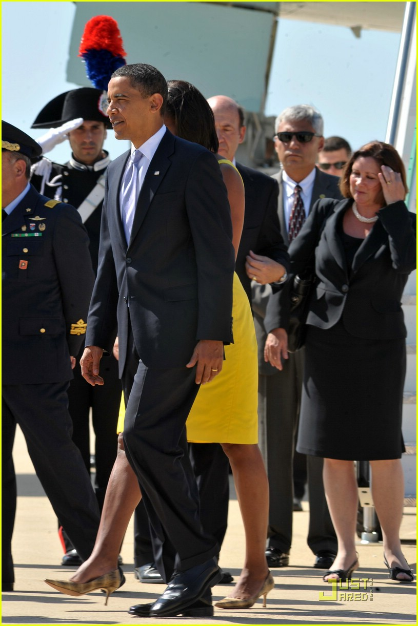 michelle obama hello yellow 092041471