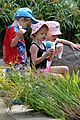 gwyneth paltrow kids snow cones 06