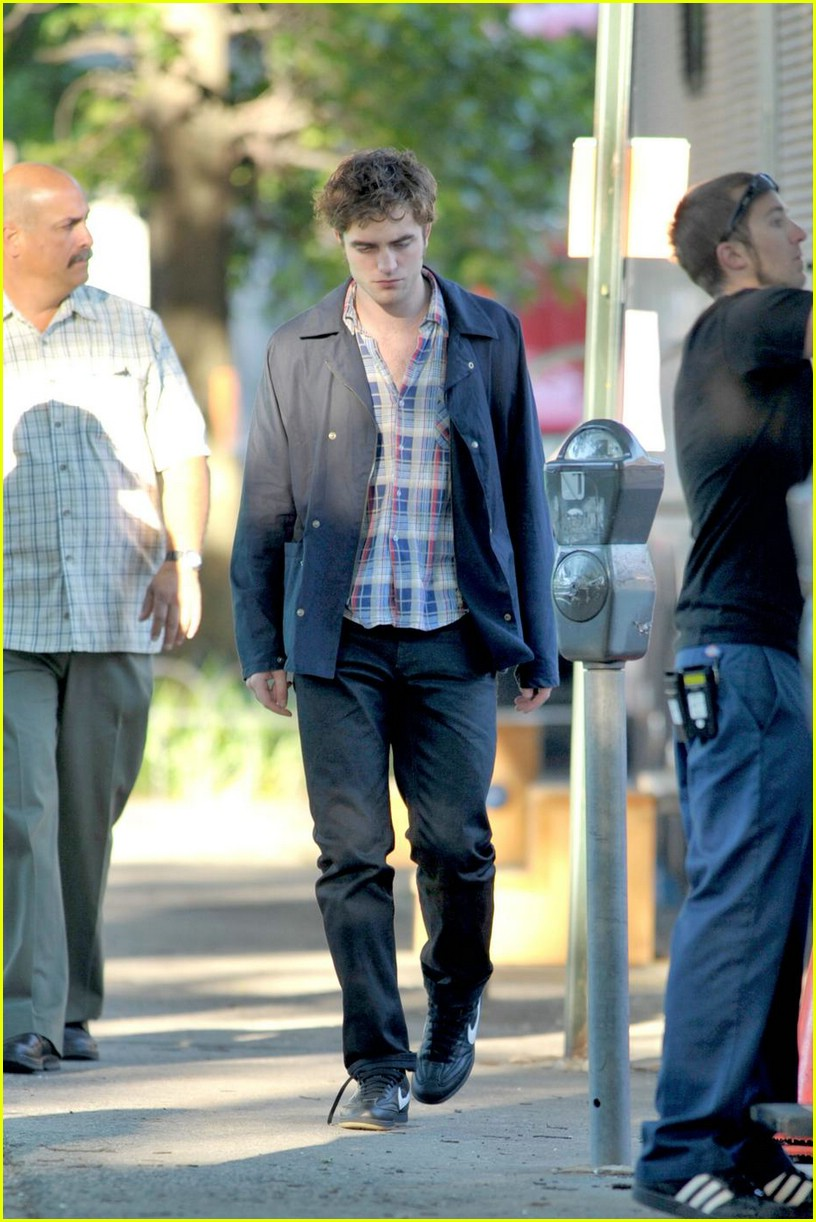 robert pattinson plaid perfect 02