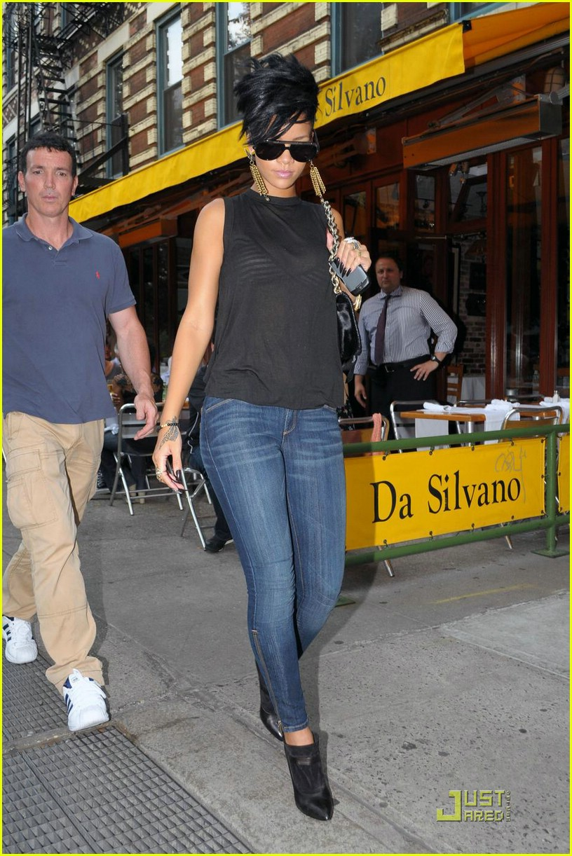 rihanna west village 102056021