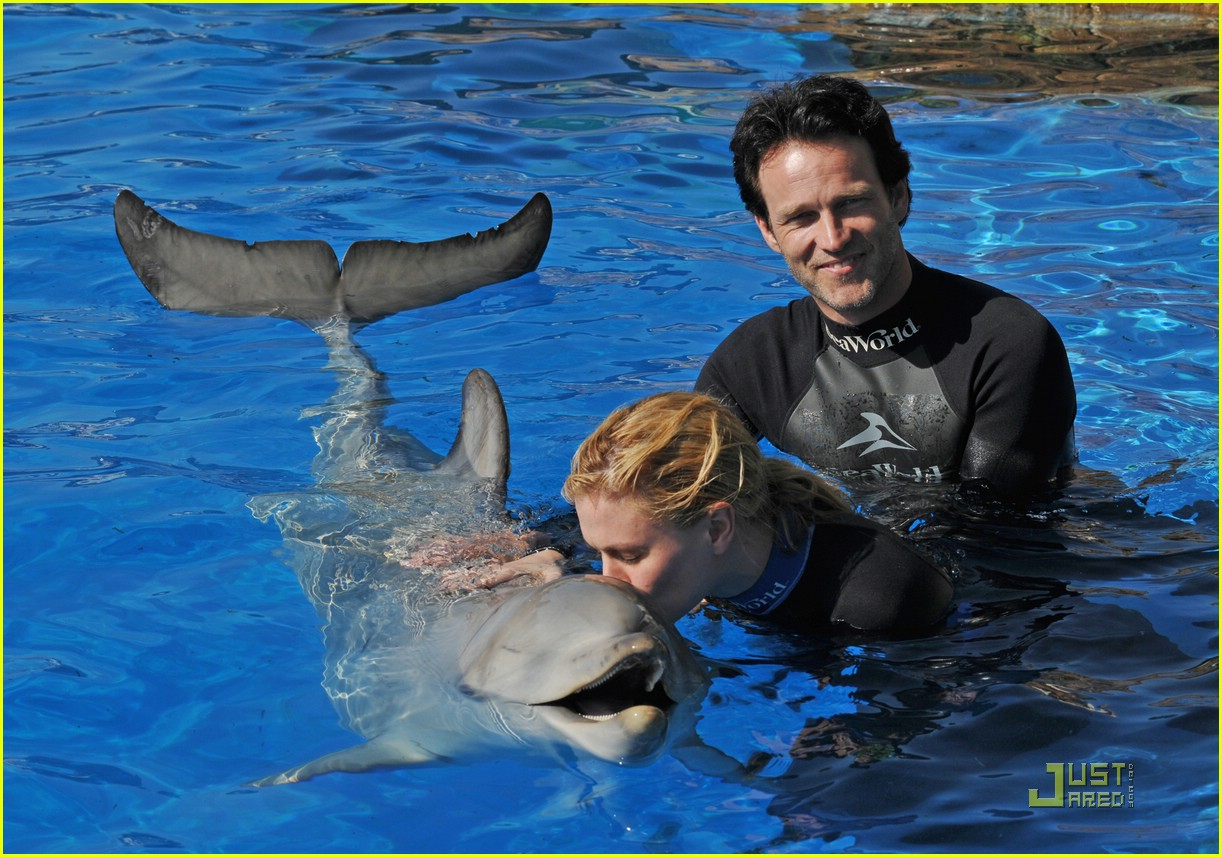 anna paquin stephen moyer seaworld 07