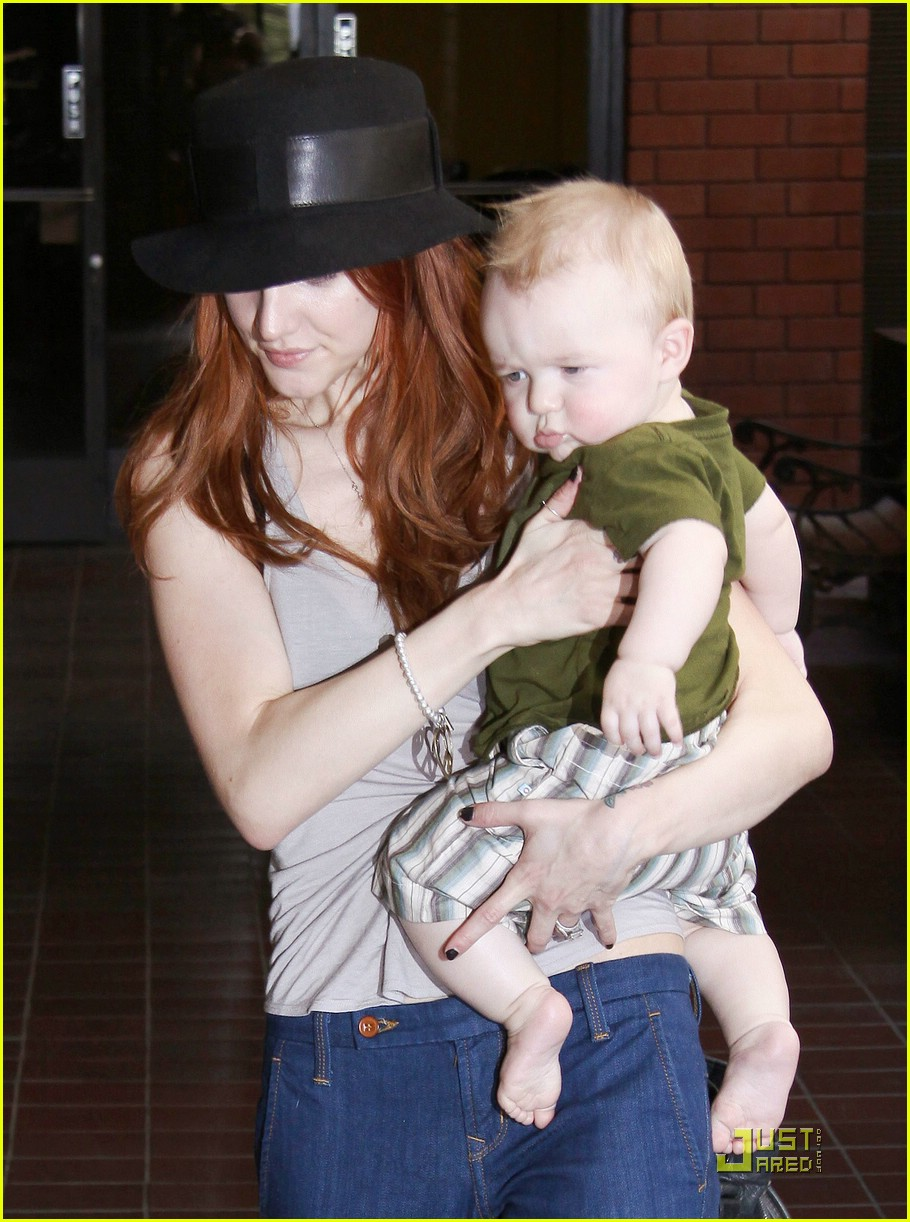 ashlee simpson baby play date 122072912