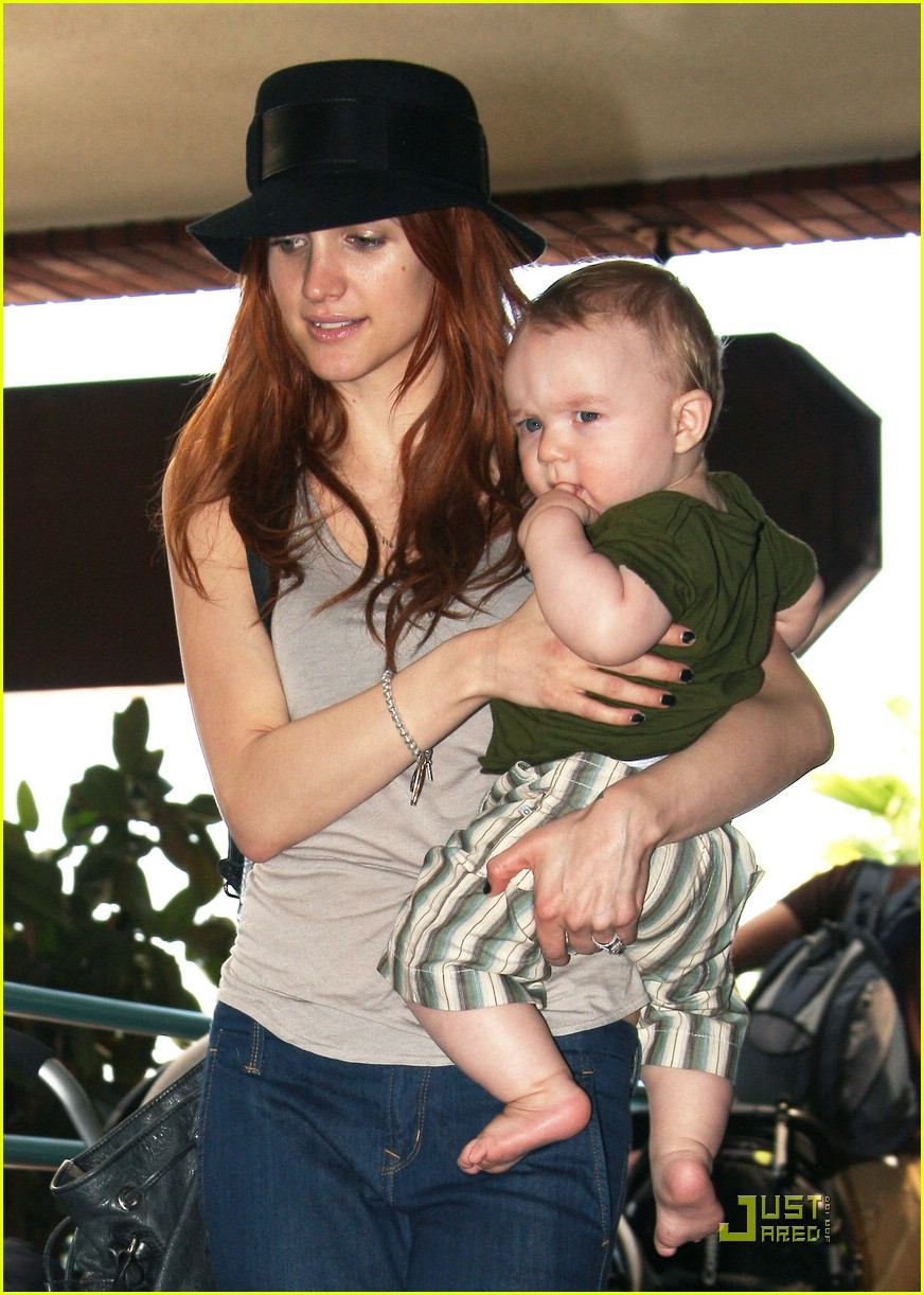 ashlee simpson baby play date 252073042