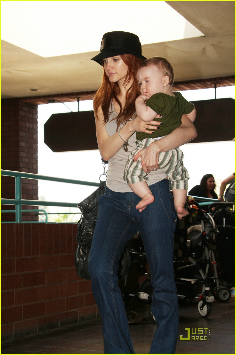 ashlee simpson baby play date 262073052