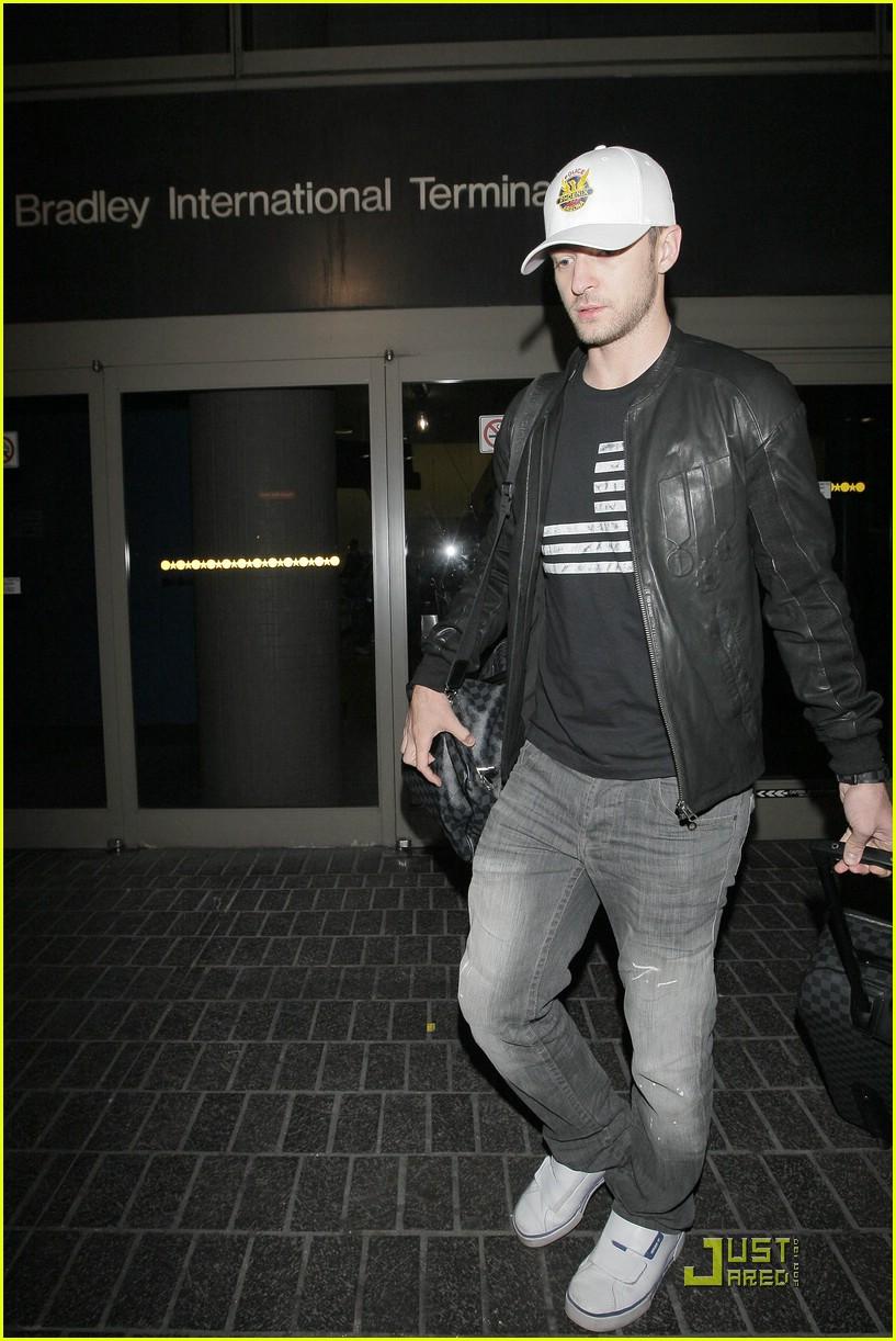 458888768572 Justin Timberlake Loves Louis Vuitton Luggage  Photo 2028801 ...