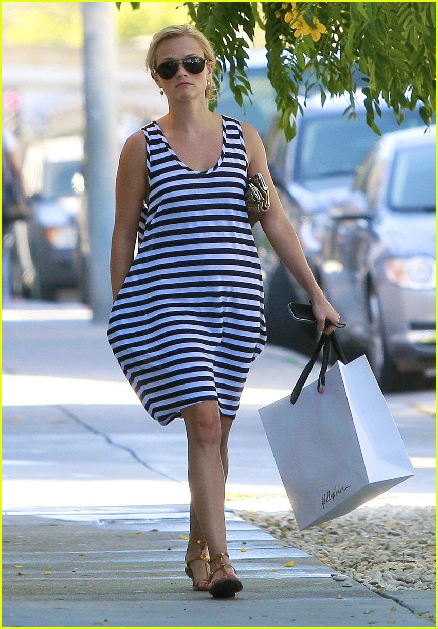 reese witherspoon swift shopper 062052561