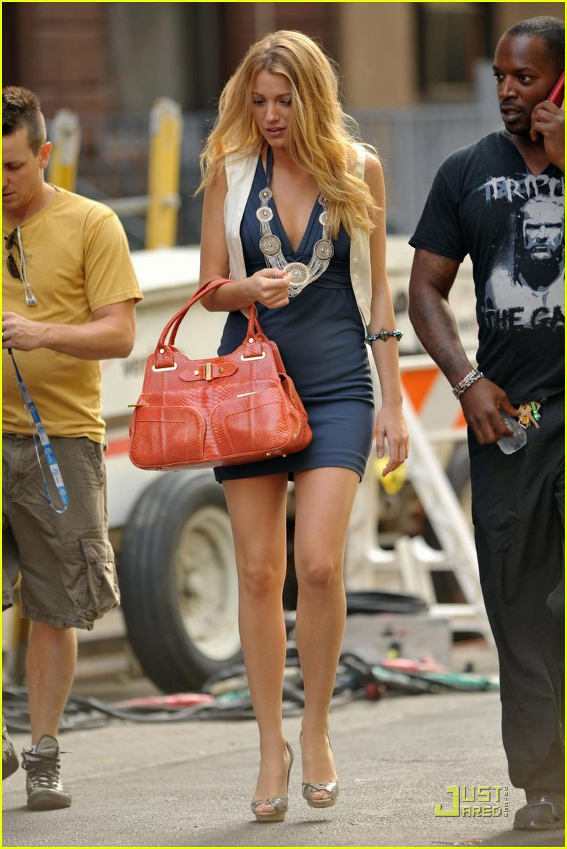 blake lively million dollars salary 012122762