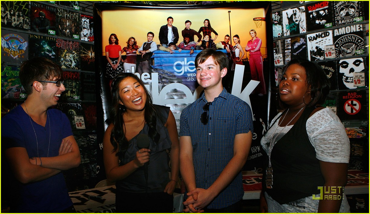 gleek tour natick mall boston 08