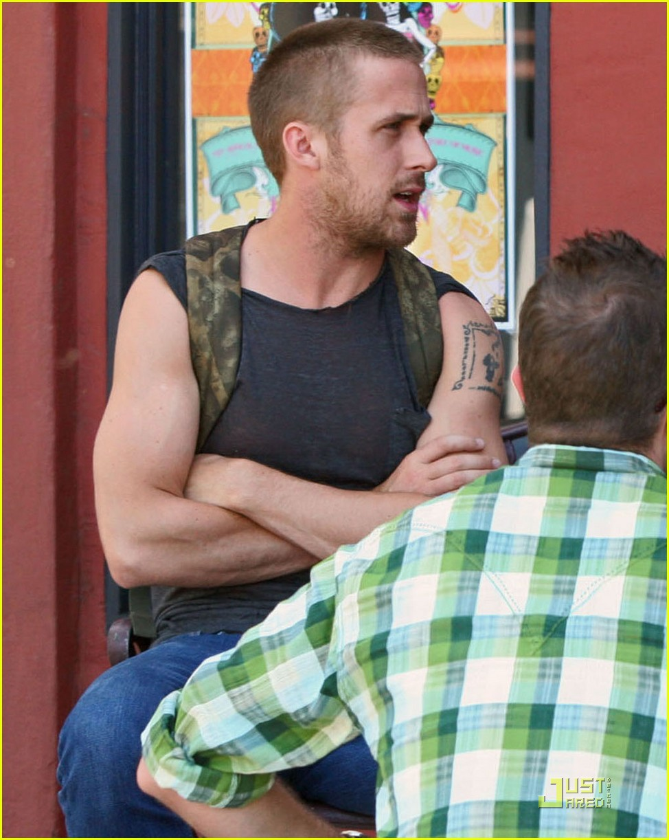 ryan gosling muscle man 082106292