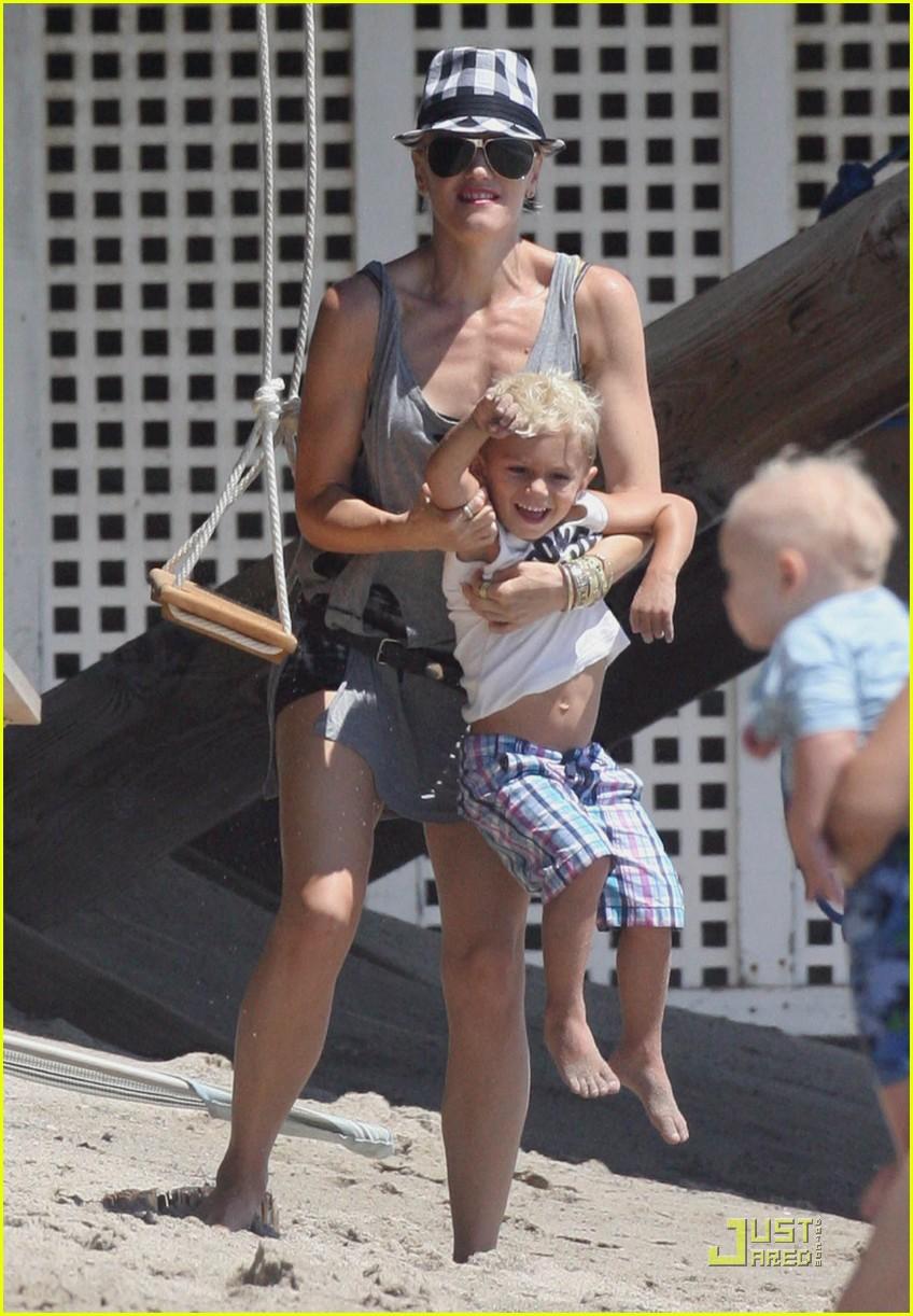 gwen stefani beach babies 122171122