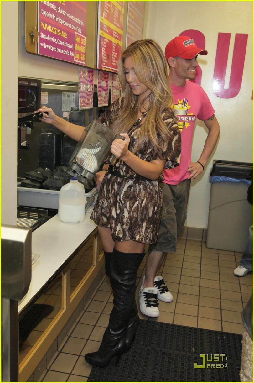 kim kourtney kardashian make millions of milkshakes 102173371
