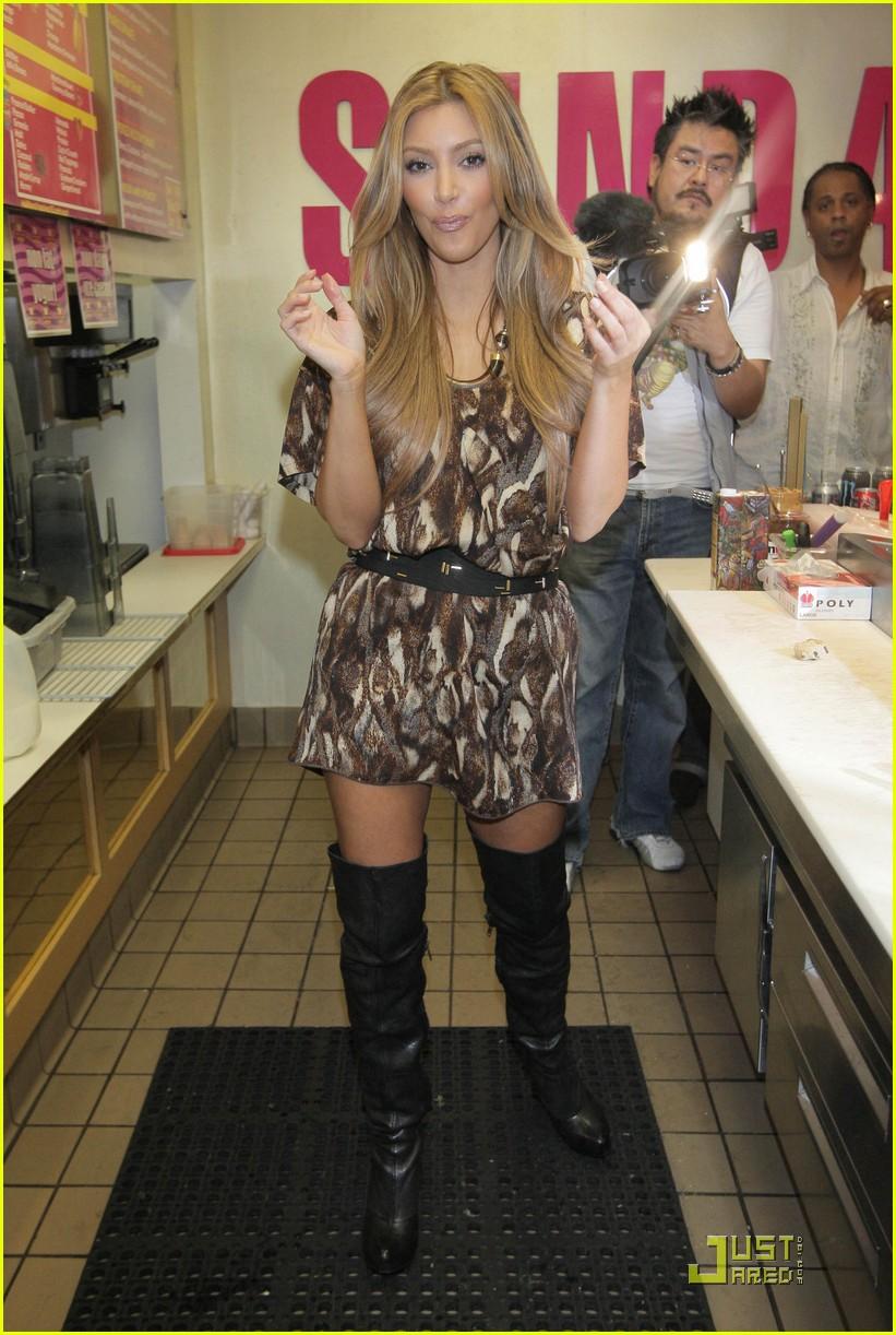 kim kourtney kardashian make millions of milkshakes 142173411