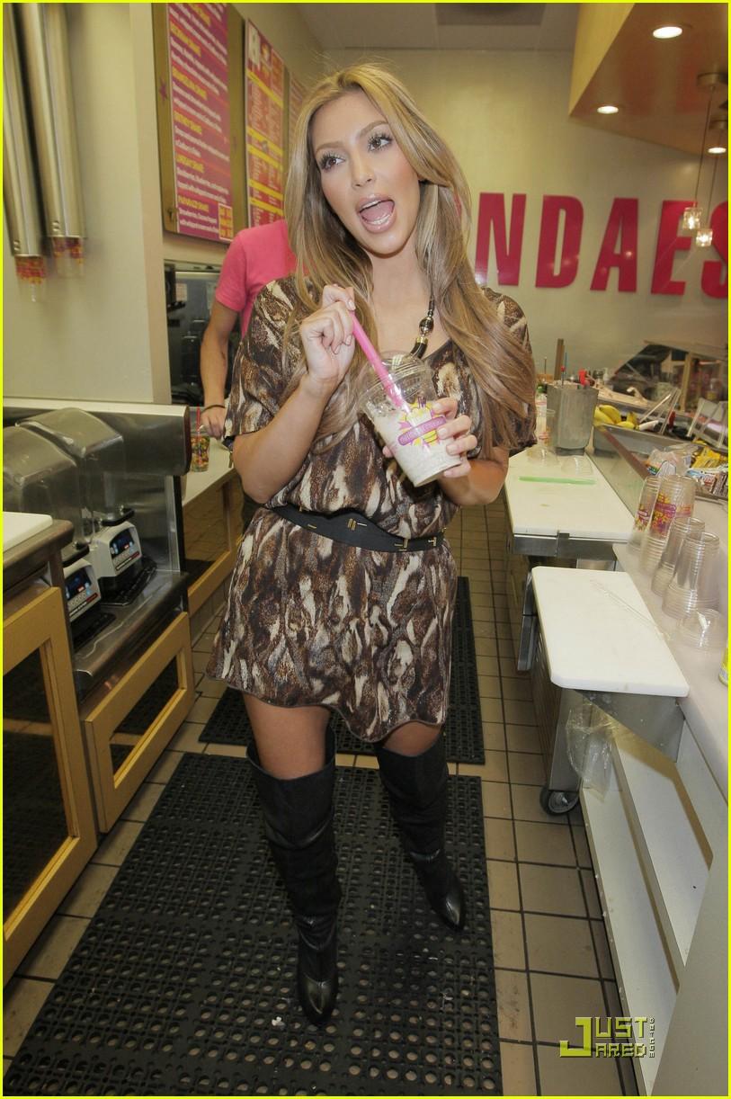 kim kourtney kardashian make millions of milkshakes 202173471