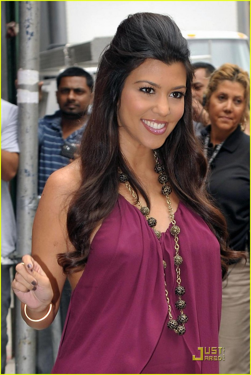 kourtney kardashian forgot to take the pill 07
