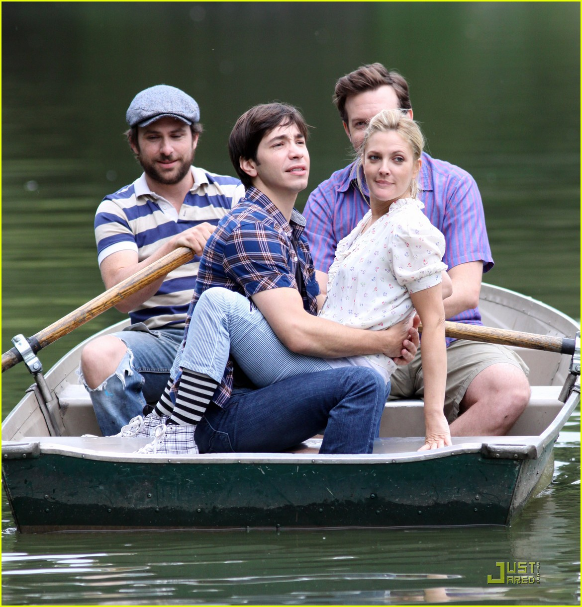 drew barryymore justin long kissing rowboat 132107661