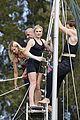 anna paquin stephen moyer agile acrobats 01