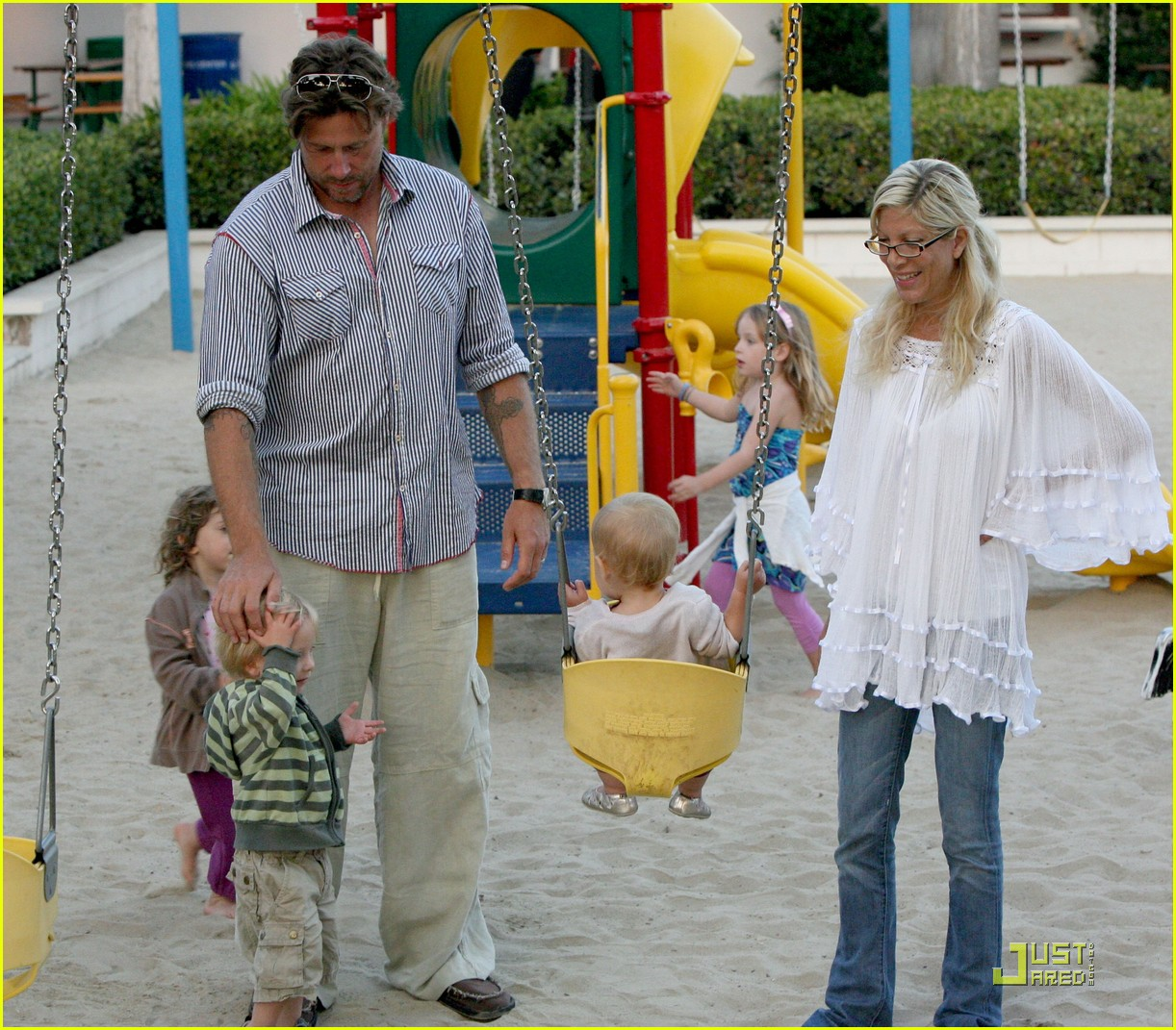 tori spelling kids play at the park 252144452