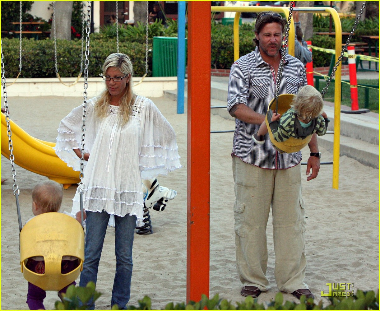 tori spelling kids play at the park 312144512