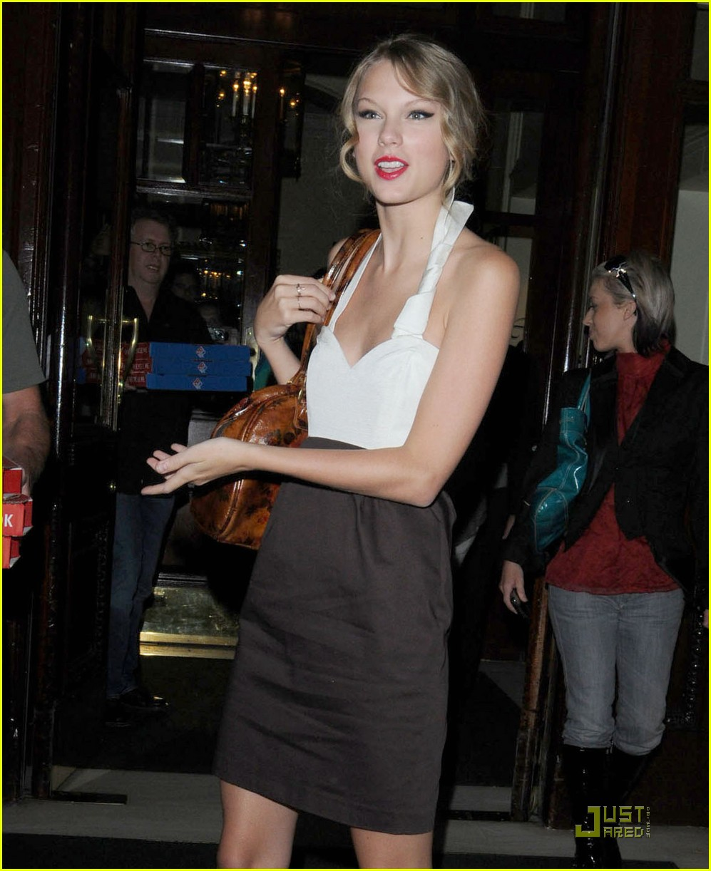 taylor swift pizza fans 062149392