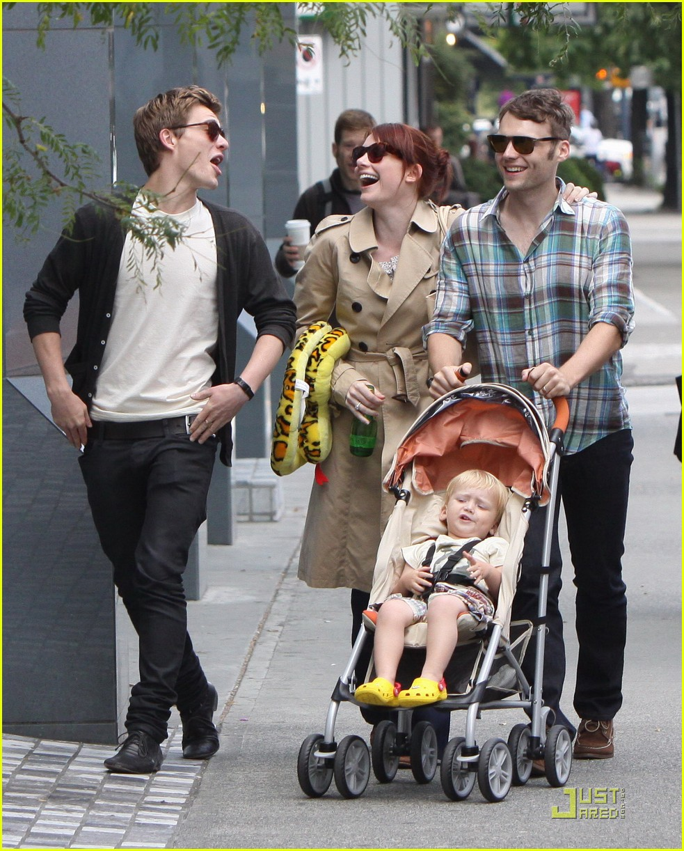 bryce dallas howard seth gabel son theodore 16