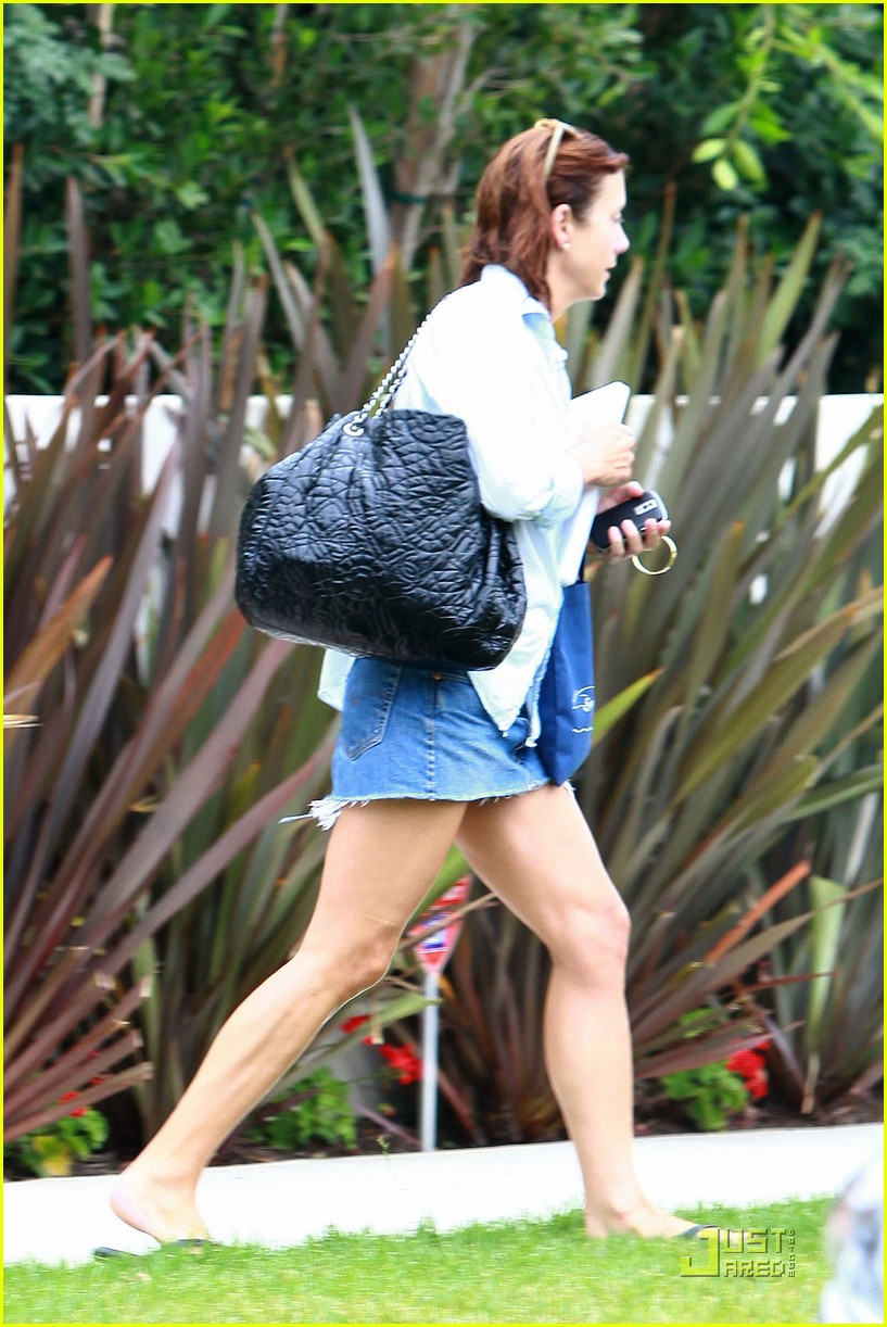 kate walsh wet hair 022129962