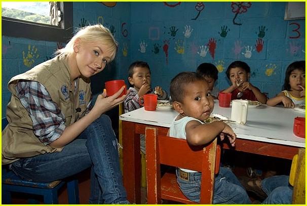 christina aguilera guatemala wfp 06