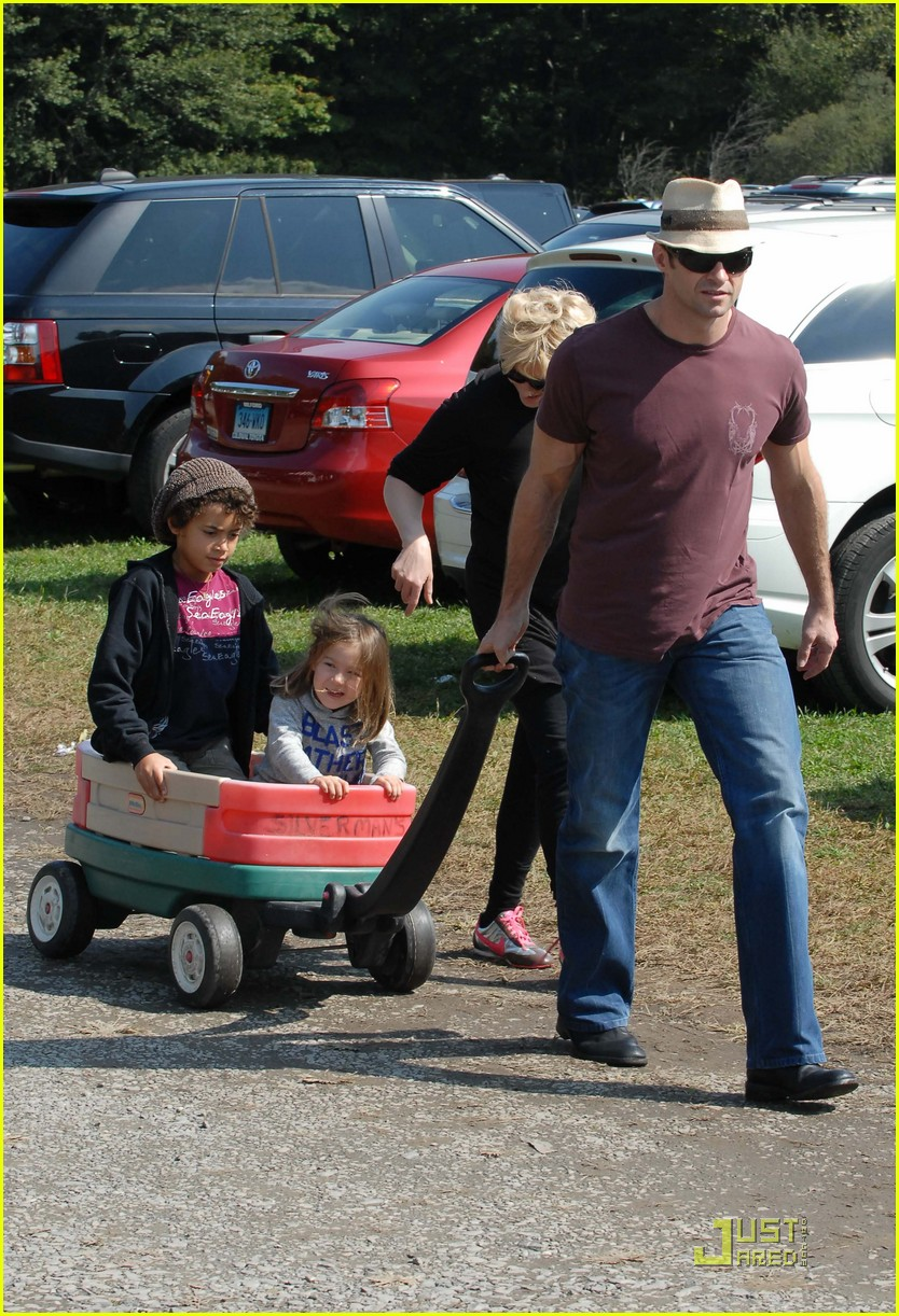 hugh jackman pumpkin patch 102251071