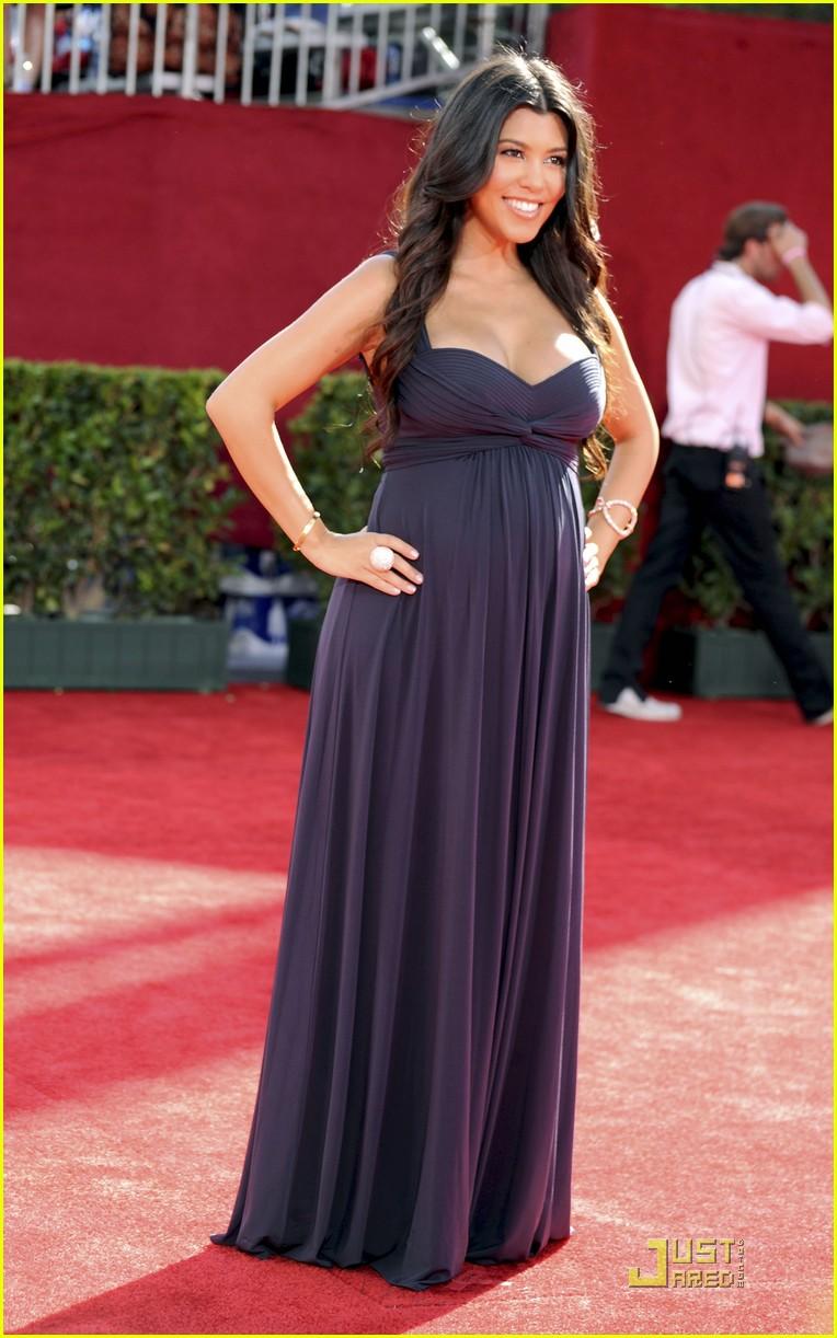 kim kardashian emmy awards 2009 022230902
