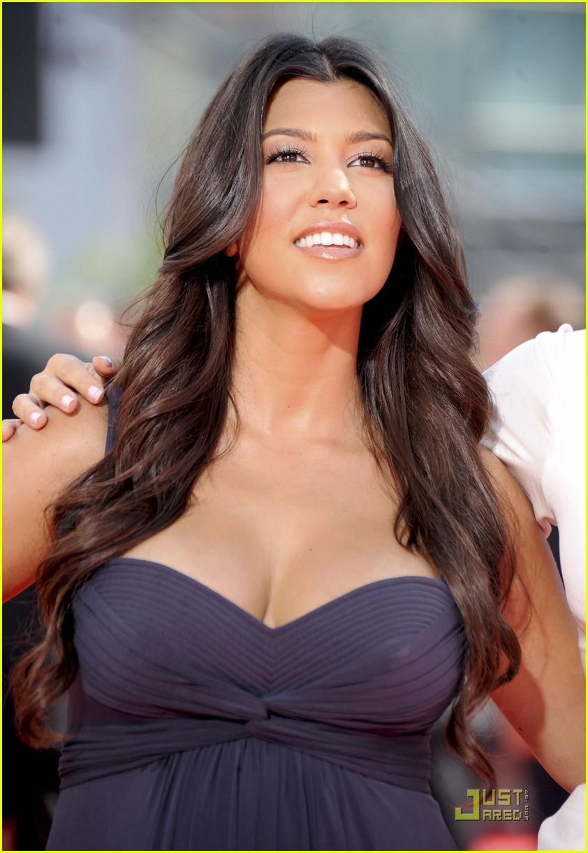 kim kardashian emmy awards 2009 082230962
