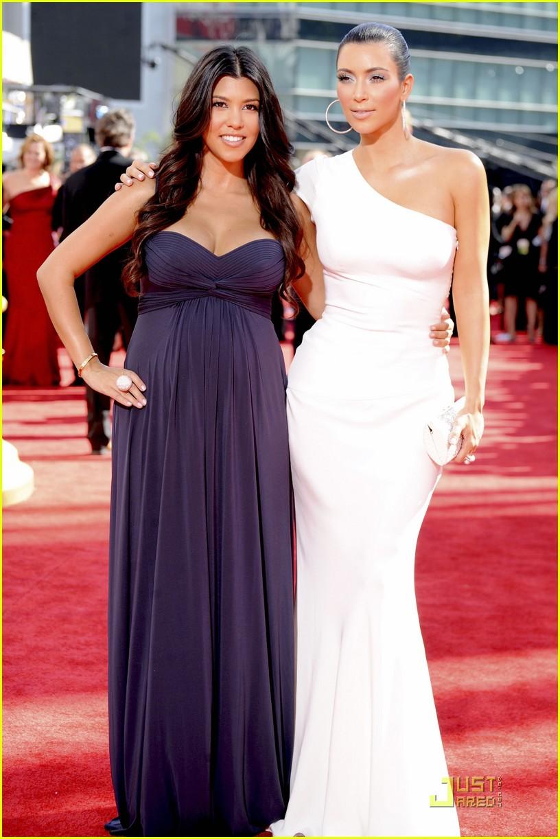 kim kardashian emmy awards 2009 102230982