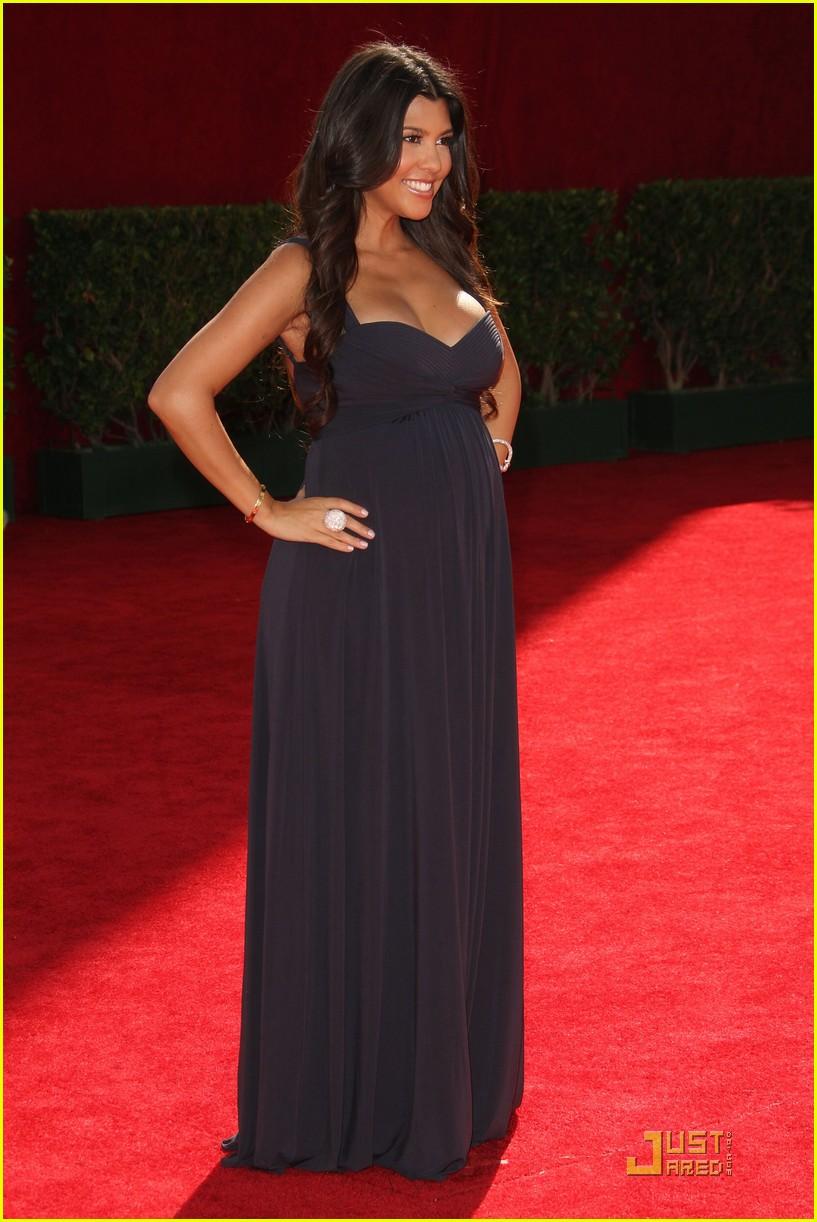 kim kardashian emmy awards 2009 122231002