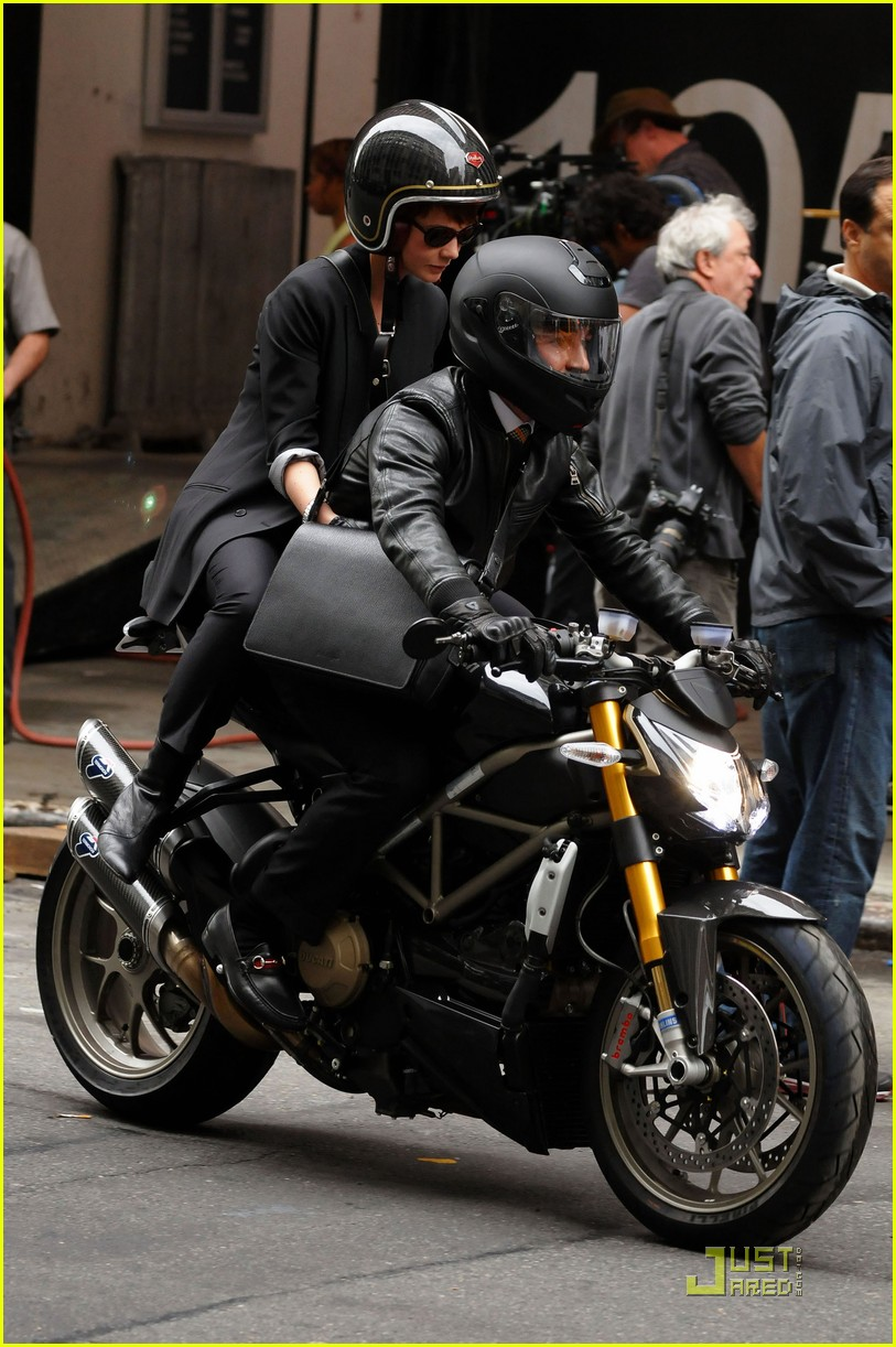 shia labeouf carey mulligan motorcycle 05