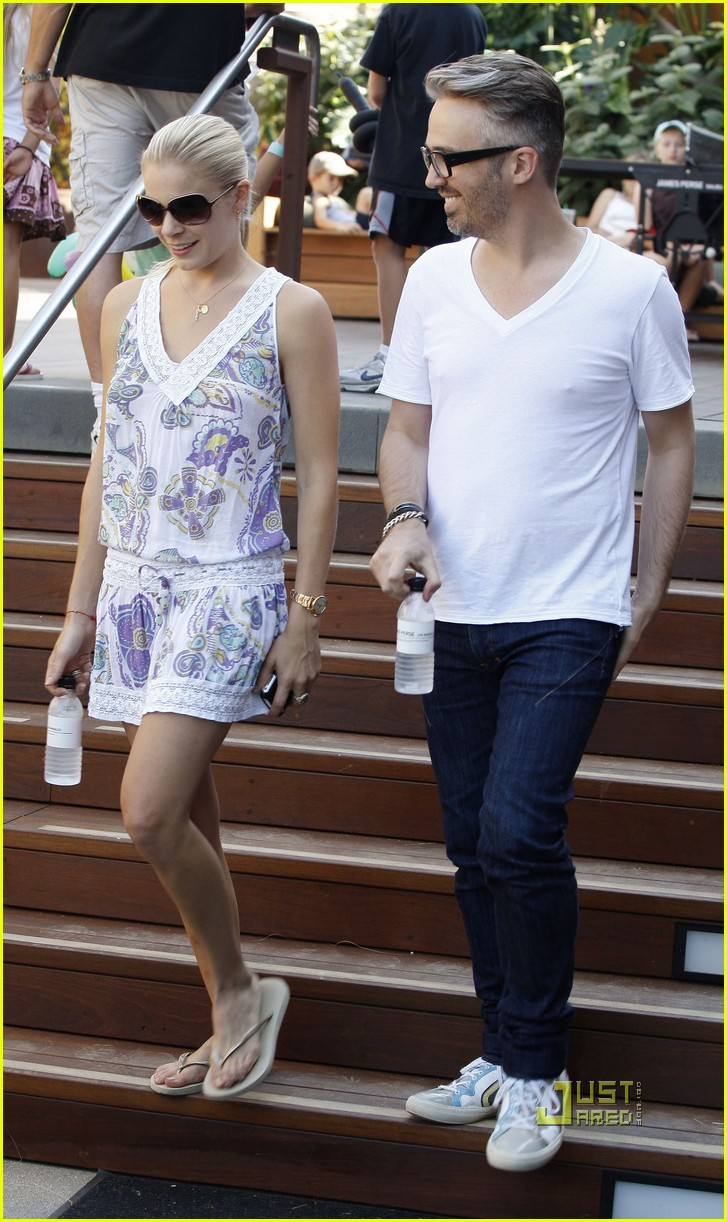leann rimes thai beach restaurant 13