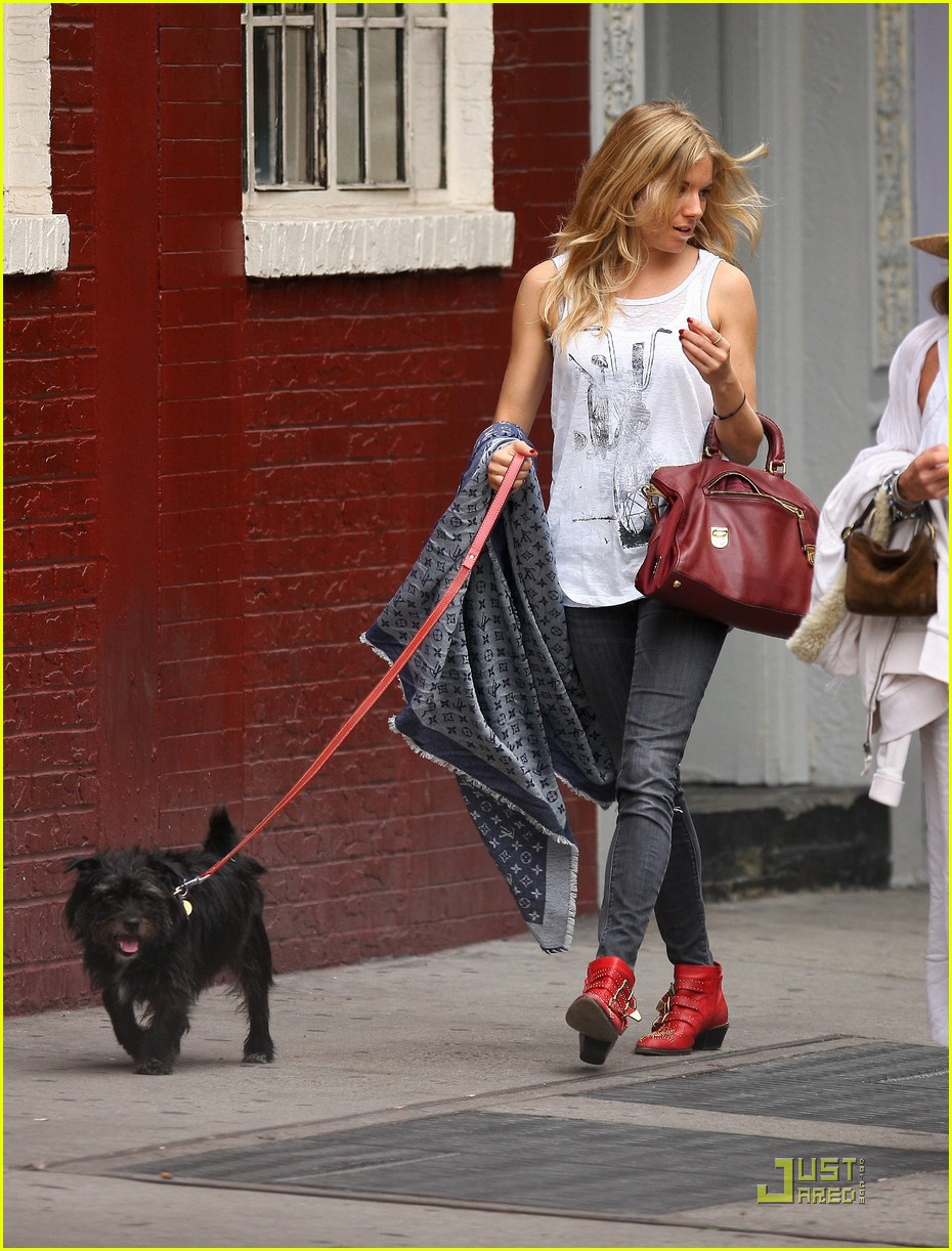sienna miller red boots beautiful 08