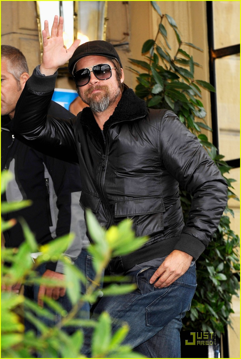 Brad Pitt is San Sebastian Sexy Brad Pitt