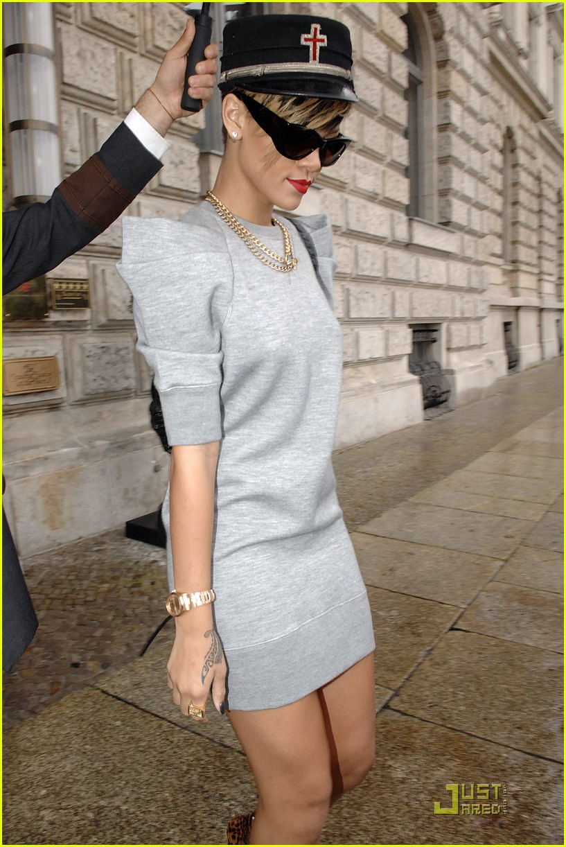 rihanna bellhop beautiful berlin 132252241