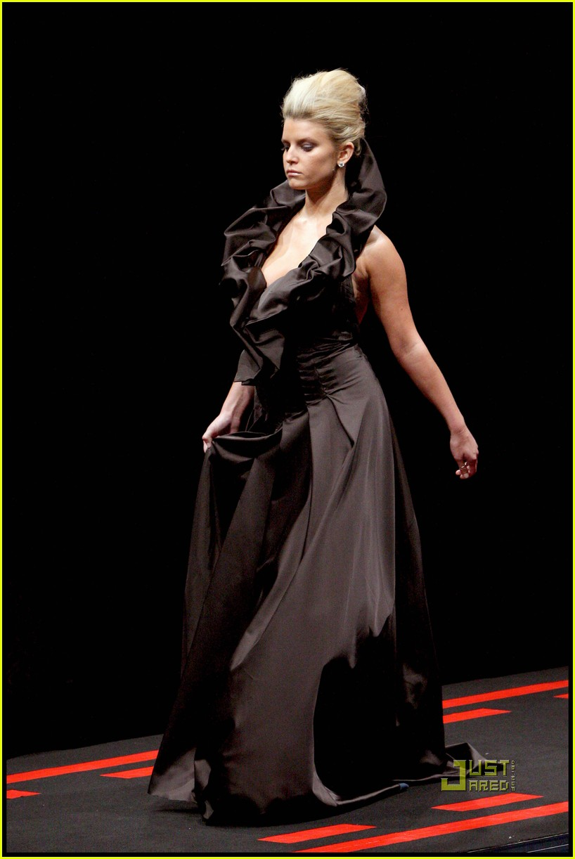 jessica simpson catwalk queen 08