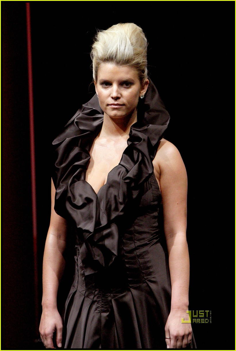 jessica simpson catwalk queen 09