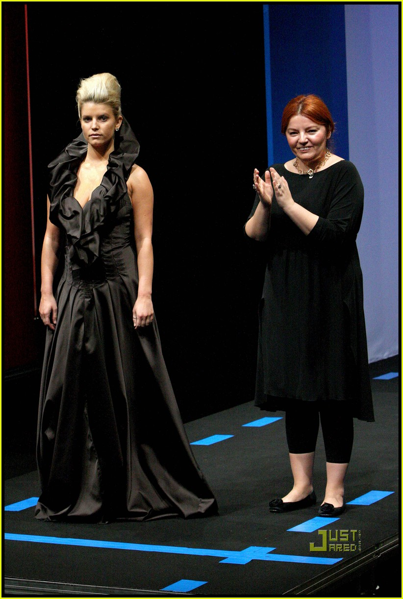 jessica simpson catwalk queen 15