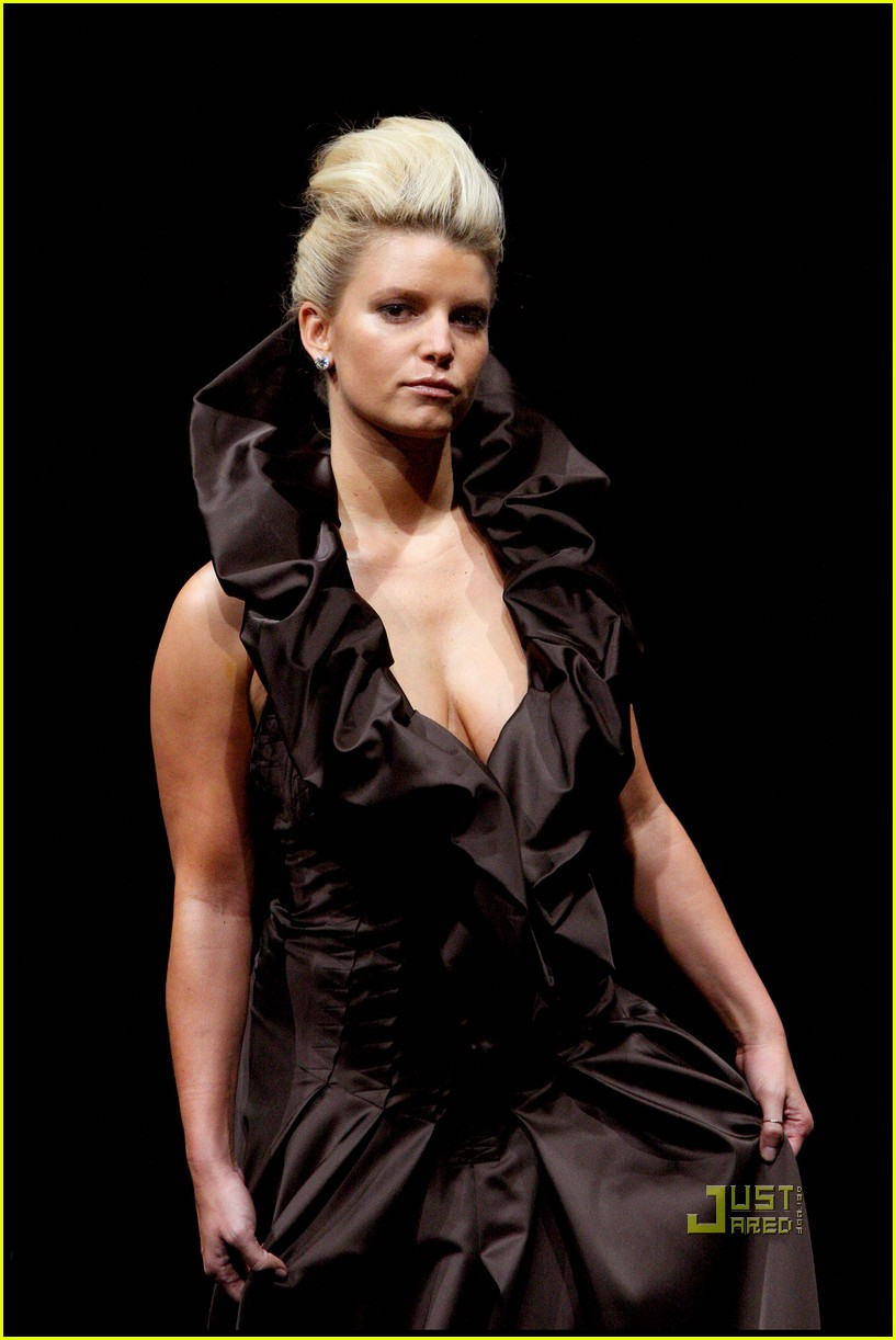 jessica simpson catwalk queen 20