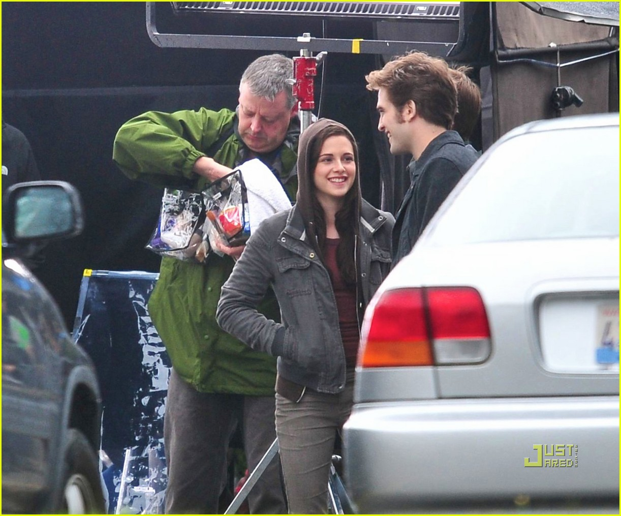 kristen stewart robert pattinson laughing 022202912