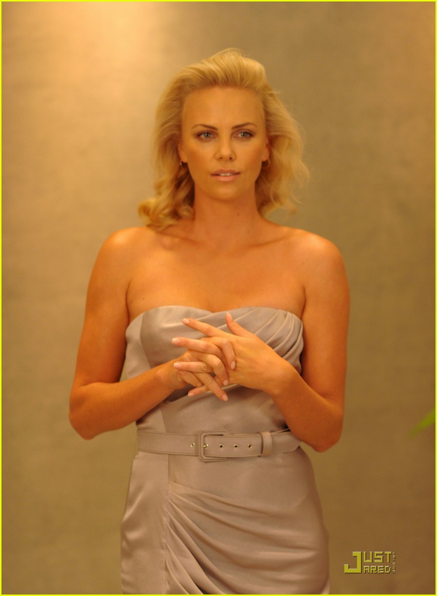 charlize theron dior darling 142206831