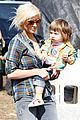 christina aguilera visits a pumpkin patch 14