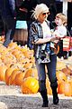 christina aguilera visits a pumpkin patch 26
